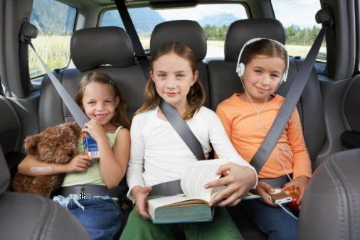 Tips for Travelling Safty for Kids